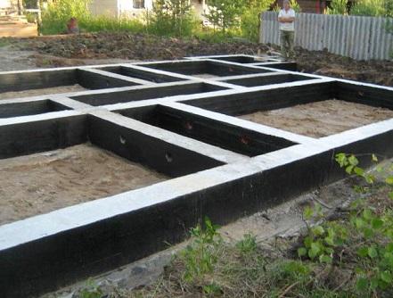 Монтажа ленточного фундамента забора Подольский район